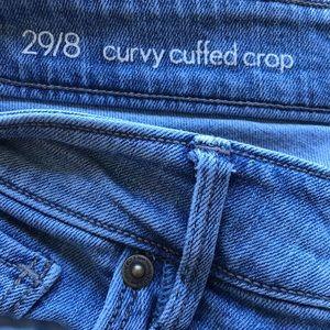 Loft Curvy Cuffed Crop